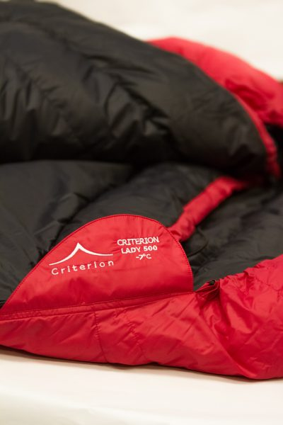 Down Sleeping Bags - Criterion Lady 500 Zip Retainer - Total Weight 1100 gms; Temperature -7°C